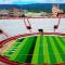 Convierten plaza de toros en un campo de fútbol para fomentar el deporte saludable en Perú