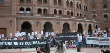 Brutal agresión por parte de un guardia civil a Óscar del Castillo en la tarde del lunes 6 de febrero en Valdemorillo (MADRID).